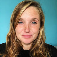 headshot of blogger Lily Jones
